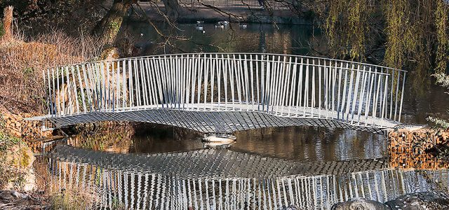 Swing Bridge, London