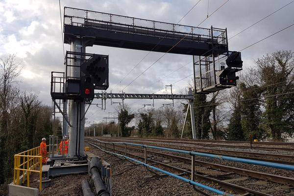 Global-Rail-Construction--Crossrail-West-Gantries-@-Global-Rail-Construction-600x400